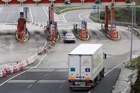El PP presenta una moción en el Senado para evitar el pago por uso de las  autovías